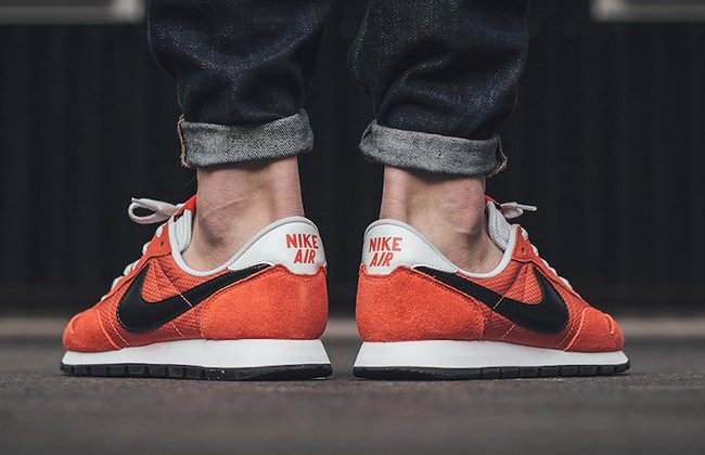 Nike Air Pegasus 83 Max Orange