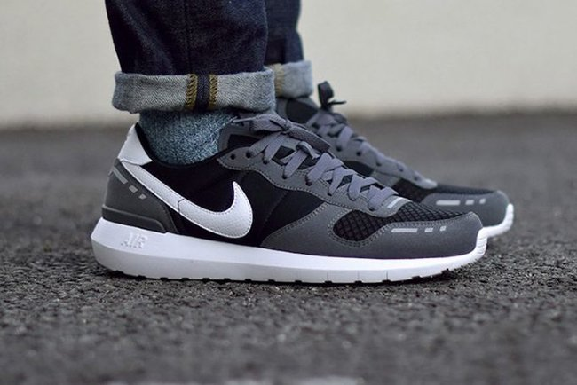 new style 9ca98 44106 Nike Air Vortex 2017 Black Grey White