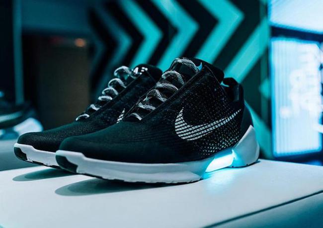Nike Hyperadapt Kyrie