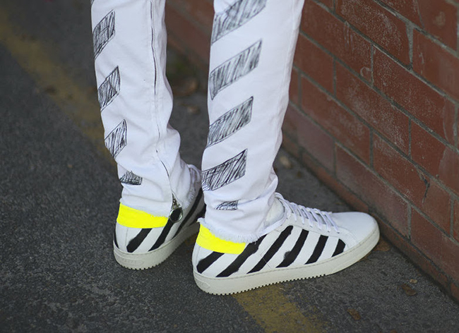 OFF-White Spray Diagonal Sneakers