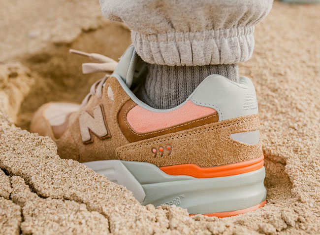 Packer Shoes x New Balance 999 Camel