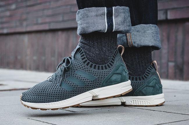 Adidas Zx Flux Primeknit Sur Les Pieds SLOSM
