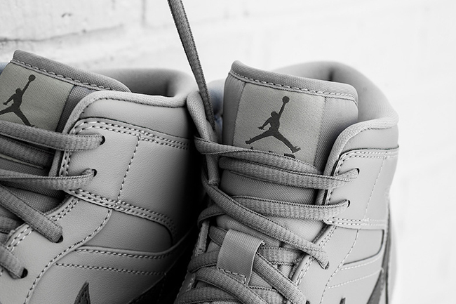 Air Jordan 1 Mid Wolf Grey Cool Grey
