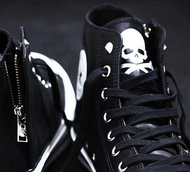 dfb4880e084 mastermind Japan x Converse All Star | SneakerFiles