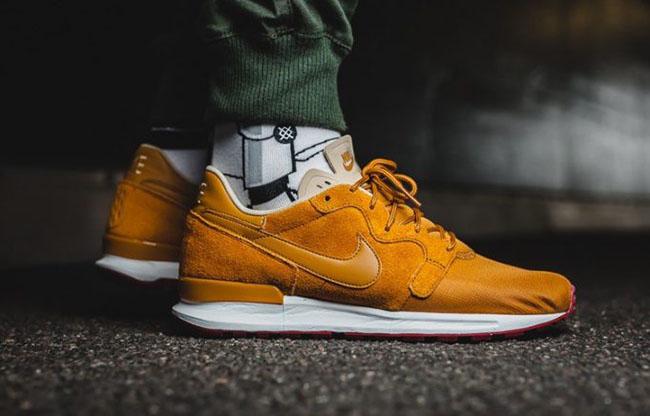 Nike Air Berwuda Desert Ochre