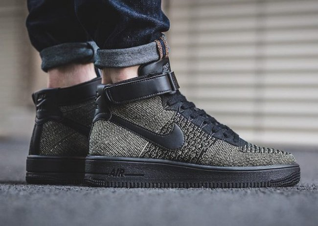 nike air force 1 mid flyknit oreo