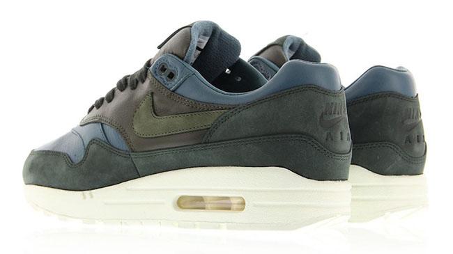 Nike Air Max 1 Pinnacle Leather Iced Jade 859554-301