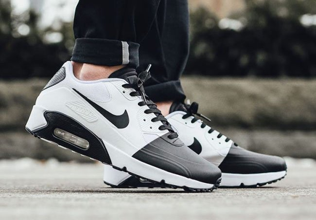 Nike Air Max 1 Ultra Essential Triple Black White Grey