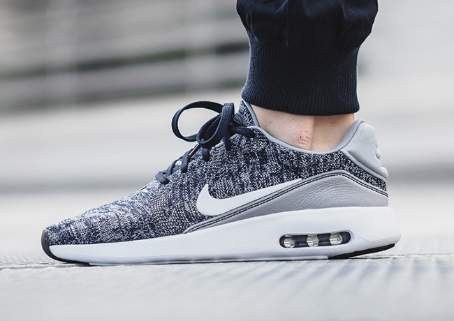 Nike Air Max Modern Flyknit College Navy