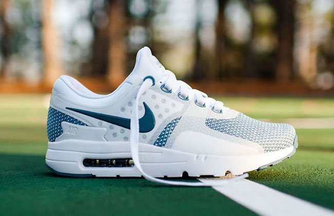 finest selection 7f2a6 a31b8 Nike Air Max Zero Essential Smokey Blue