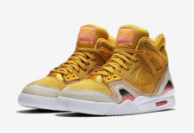 Nike Air Tech Challenge 2 SE Gold Dart
