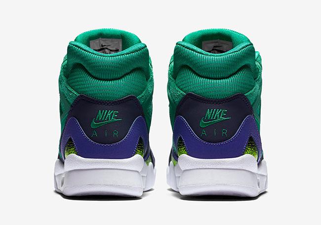 Nike Air Tech Challenge 2 SE Stadium Green