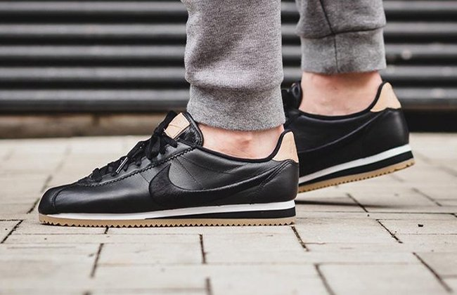 info for c0a36 0ae90 Nike Cortez Leather Premium Black Gum