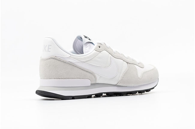 Nike Internationalist Summit White