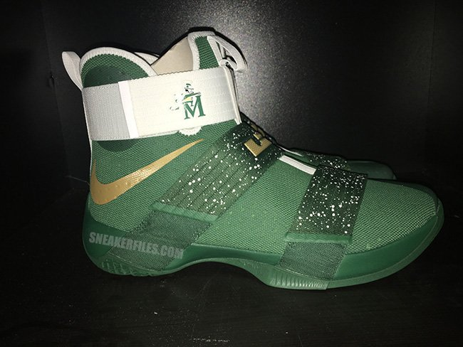 wholesale dealer ba227 06118 Nike LeBron Soldier 10 SVSM Away
