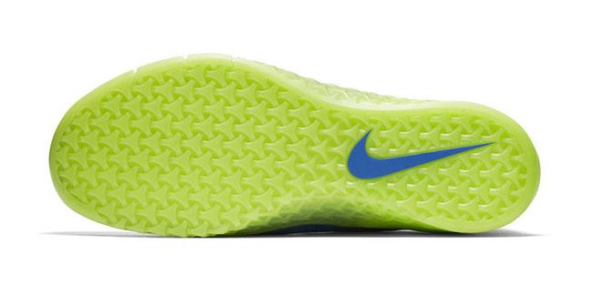 Nike Metcon 3 AMP Glow Release Date