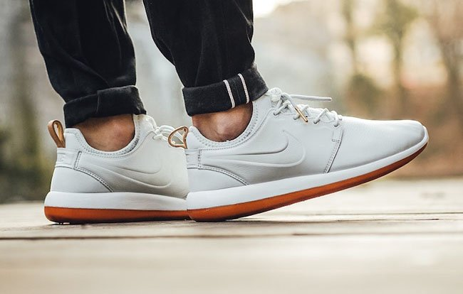 Nike Roshe Two Leather Premium Off-White