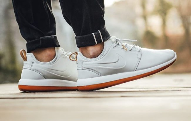 competitive price 59ff0 4cd30 Nike Roshe Two Leather Premium Off-White