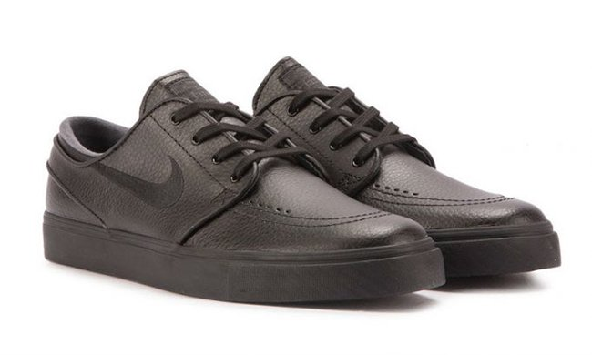 4e9599208ee0 Nike SB Zoom Stefan Janoski Leather Triple Black