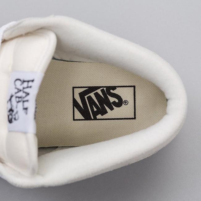Vans Half Cab White Suede Gum