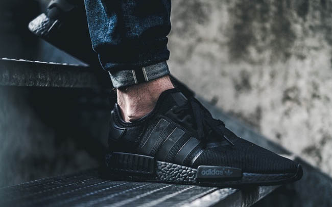 adidas NMD_R1 Triple Black S31508