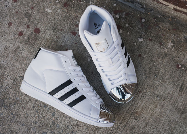 adidas Originals WMNS Metal Toe Superstar Pro Model