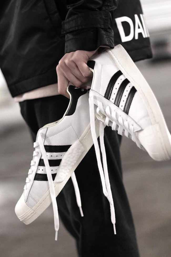 adidas Originals Superstar (White/Black) VILLA