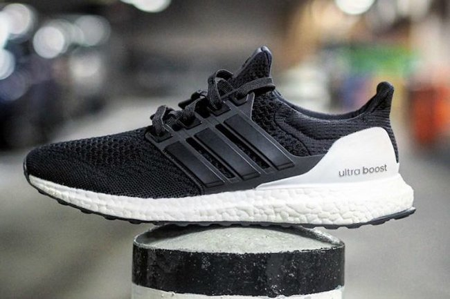 adidas Ultra Boost Hybrid Black White  12ca3e741