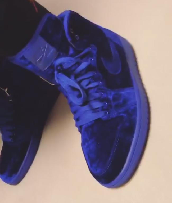 Air Jordan 1 Blue Velvet