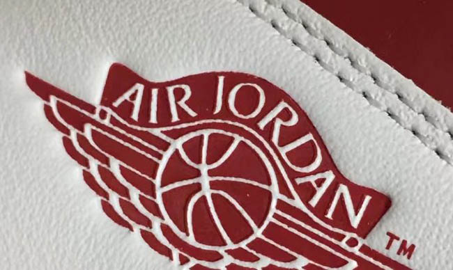 Air Jordan 1 Retro High OG University Red 2017