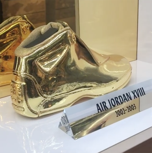 Air Jordan 18 Gold