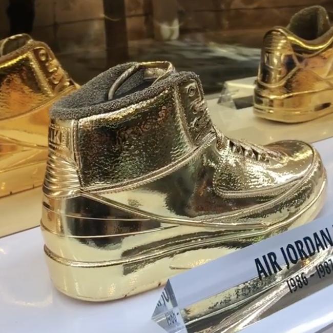 Air Jordan 2 Gold