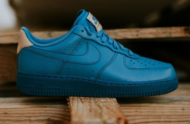 Nike Air Force 1 07 LV8 Smokey Blue