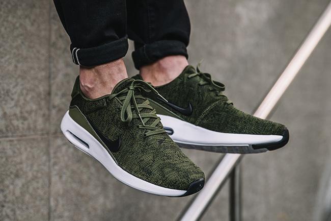 Nike Air Max Modern Flyknit Rough Green