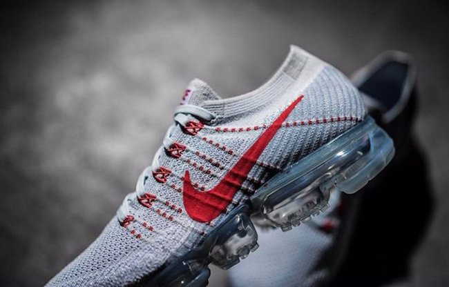 6a55c9943d11a Nike Air VaporMax Light Grey Red