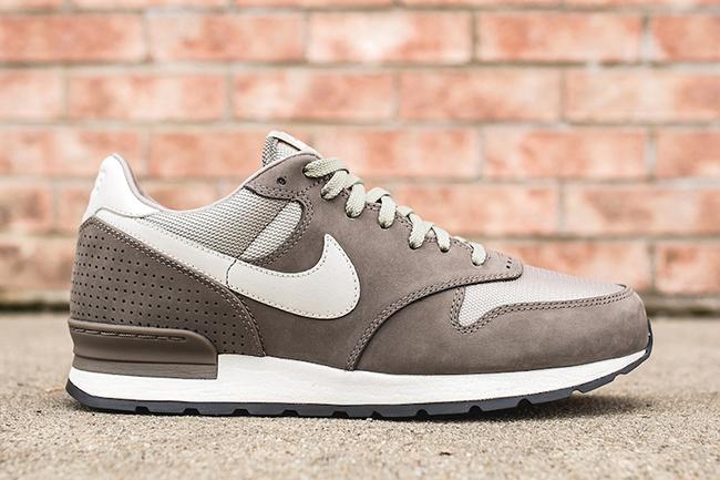 Nike Air Zoom Epic Luxe Smoke Grey