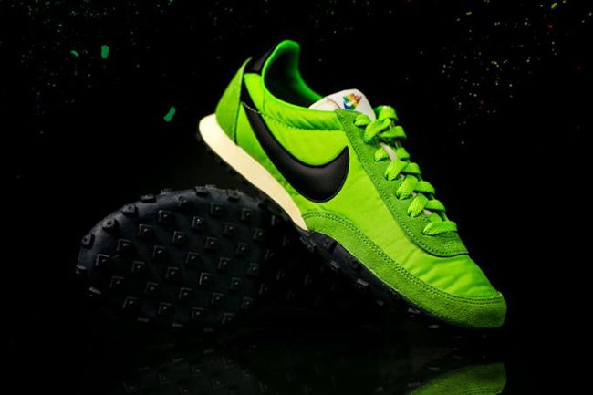separation shoes 2aea0 5c90a Nike Waffle Racer Premium Action Green
