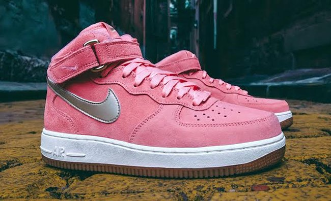 Nike WMNS Air Force 1 Mid Bright Melon