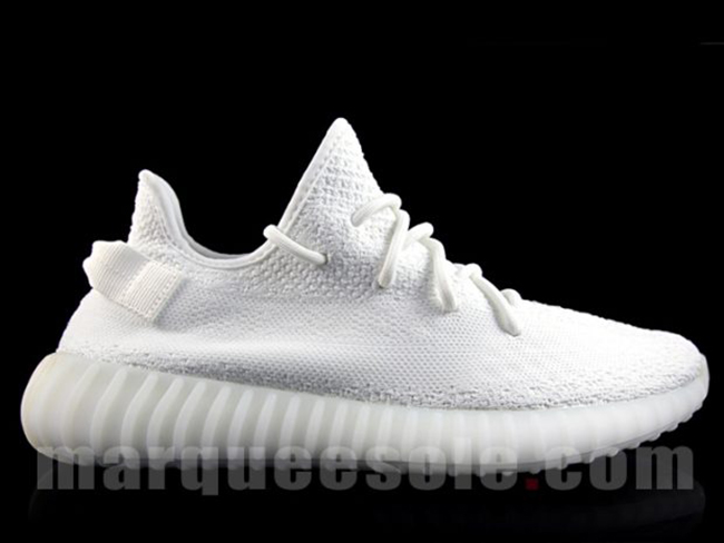 yeezy boost 350 v2 triple white CP9366 3 SneakerDaily 穿搭街拍