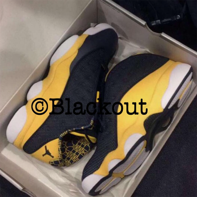 Air Jordan 13 Low Michigan PE