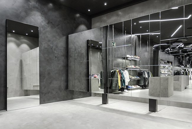 Foot District Flagship Store Madrid