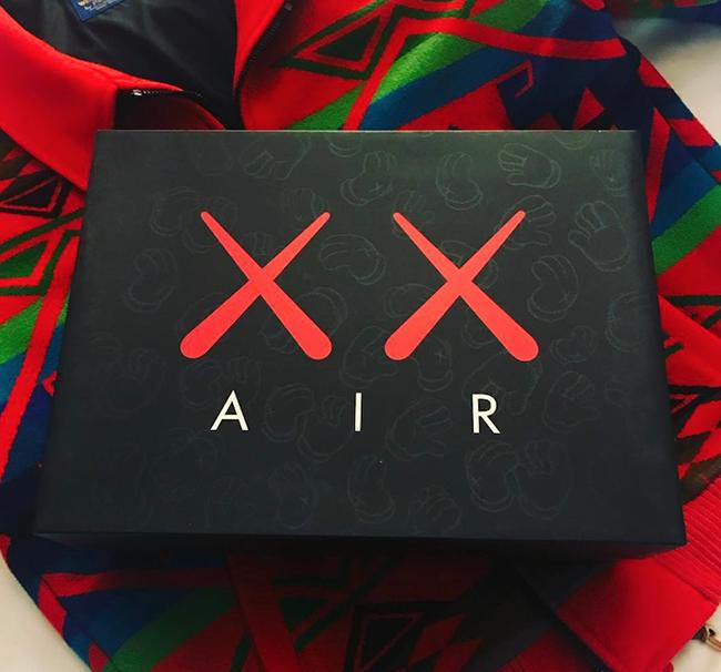 KAWS Air Jordan 4 Box