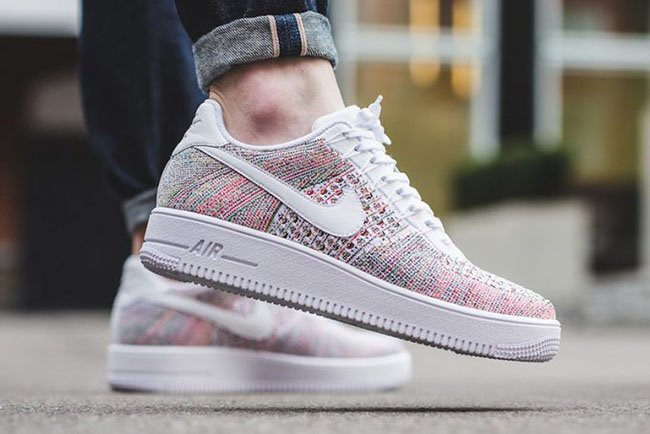 NIKE AIR FORCE multicolor