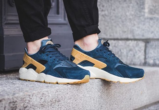 hot sale online 797ee 455a0 Nike Air Huarache Armory Navy
