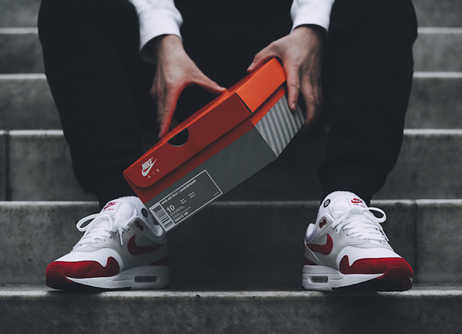 best sneakers 0b68e 48799 On Feet Photos of the Nike Air Max 1 University Red OG ...