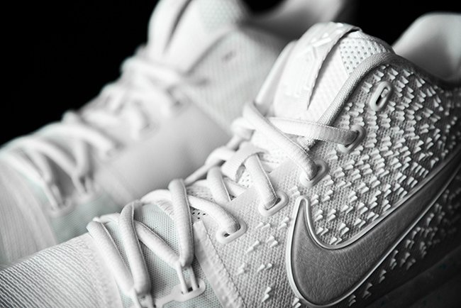 Nike Kyrie 3 Light Bone Ivory Release Date
