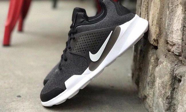 Nike Sock Dart 2 Colorways