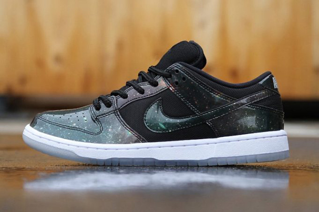 2b92aa5892d Closer Look at the Nike SB Dunk Low  Galaxy  for 420