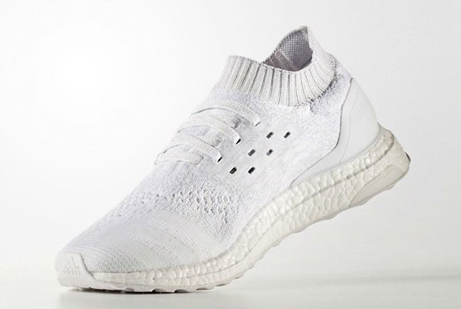 Boost Adidas Ultra Uncaged Triple Blanc 2,0