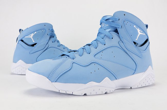 Air Jordan 7 Pantone UNC University Blue Review On Feet